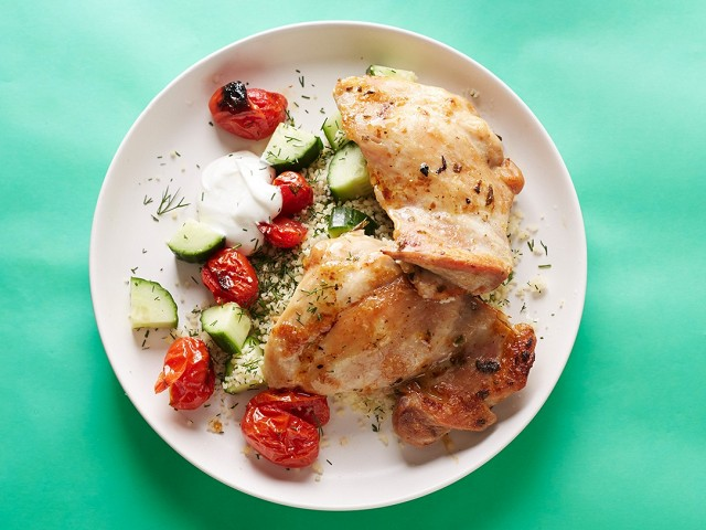 14-delicious-20-minute-dinners-1679796.640x0c