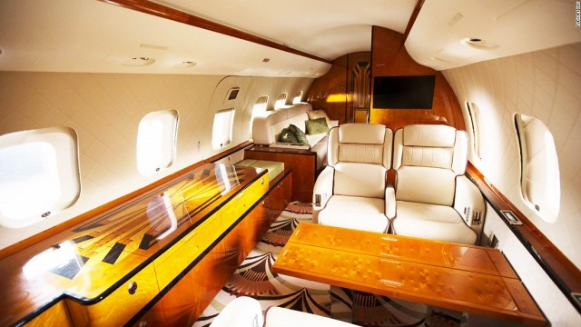 peek-inside-the-most-luxurious-private-planes-1755743.640x0c