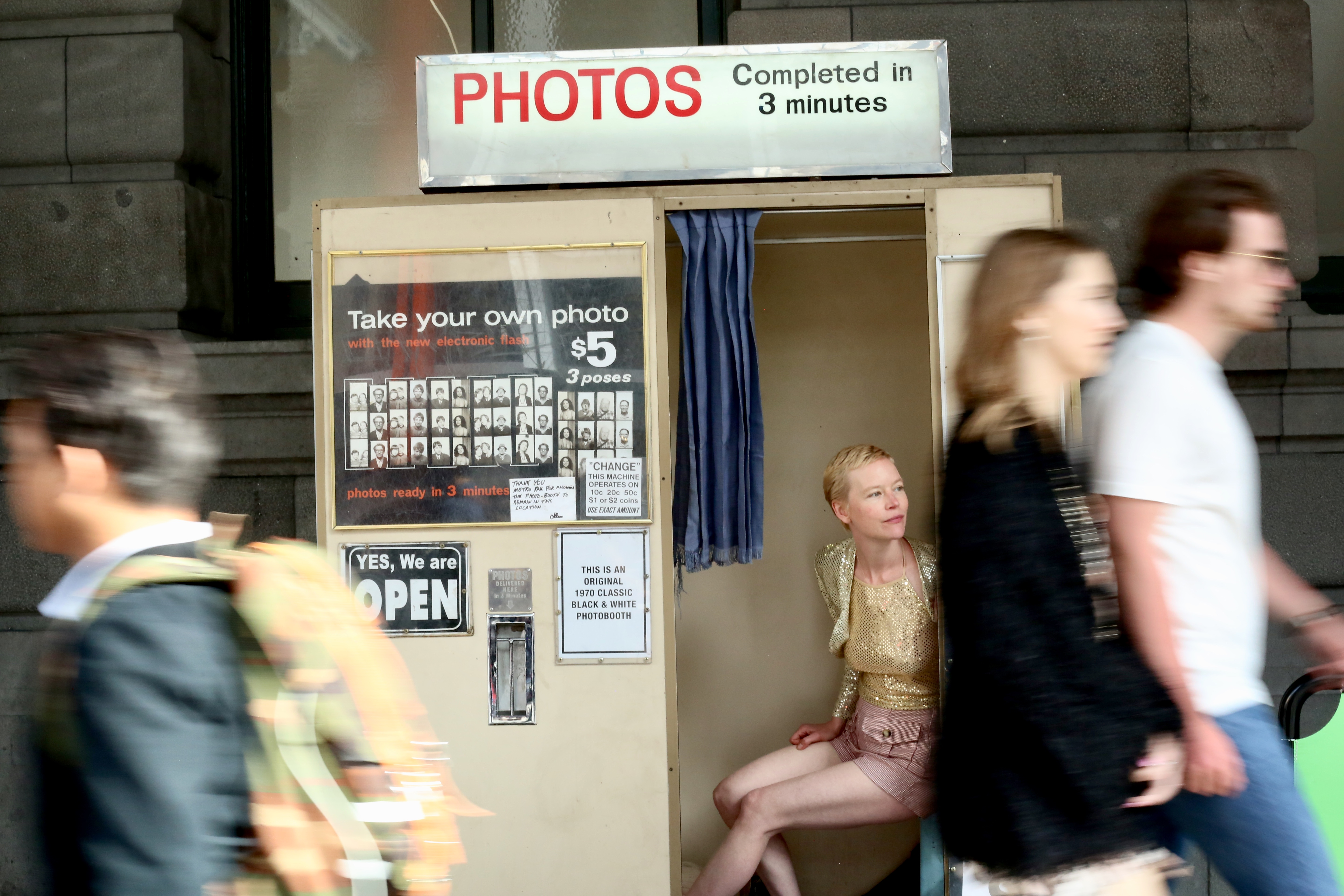 Capture your roaming - Melbourne's oldest photo booth